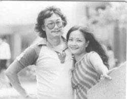 Nghệ sĩ Tú Trinh và Cao Phi Long vào đầu thập niên 80. Courtesy tivituansan.