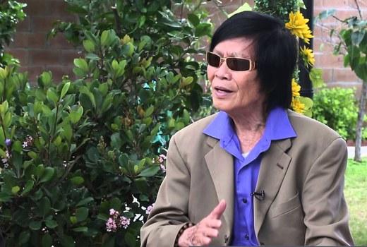 Nghệ sĩ cải lương Minh Cảnh trong buổi trò chuyện tại California.