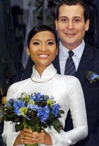 Người mẫu Bằng Lăng cùng chồng. Photo courtesy of giadinh.net.vn