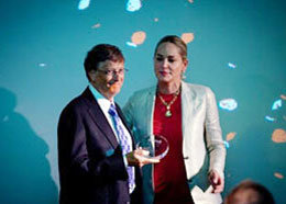 Cựu chủ tịch tập đoàn Microsoft Bill Gates tham gia Hội nghị quốc tế về HIV/AIDS lớn nhất thế giới được khai mạc hôm 21-07-2012 tại thủ đô Washington.DC.AFP