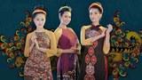 Những cô người mẫu trong chiếc áo dài Việt Nam tại New York. Nhà thiết kế mang hai bộ sưu tập áo dài Việt Nam tới New York lần này là Thuận Việt