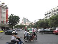 SagionStreetTraffic200.jpg