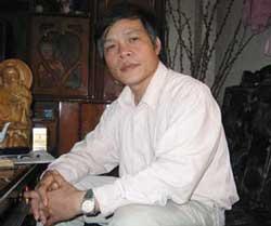 Thầy Đỗ Việt Khoa, hình chụp năm 2007.  Photo courtesy of vietnamnet