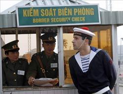 Trạm kiểm soát biên phòng Việt Nam. AFP