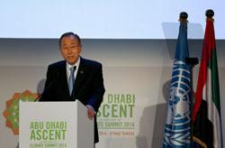 Tổng thư ký LHQ Ban Ki-moon kêu gọi tòan thế giới cần phải hành động mạnh hơn nữa nhằm đối phó với tình trạng biến đổi khí hậu hôm 04/5/2014 tại Abu Dhabi. AFP photo