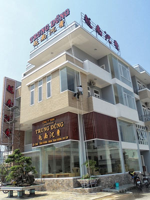 Rất nhiều khác sạn lớn ở Đà Nẵng, chủ là người Tàu