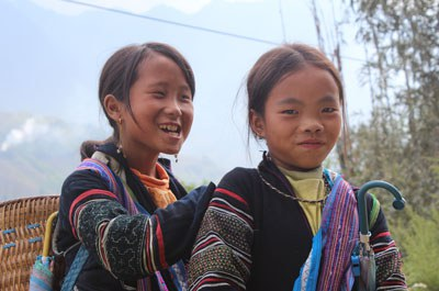 Các bé gái Người Hmong, ảnh minh họa. RFA PHOTO.