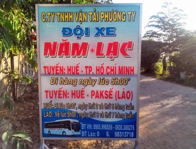 Điểm bán vé xe đi Lào tại Huế. RFA