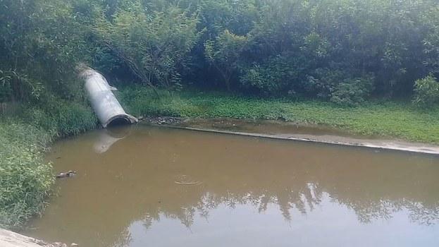 Nước thải từ nhà máy bốc mùi hôi thối khó chịu