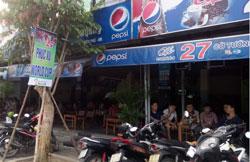 Quán cà phê phục vụ bóng đá mùa World Cup 2014 ở thành phố Đà Nẵng. RFA PHOTO.