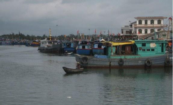 Bến Lý Sơn, Quảng Ngãi.