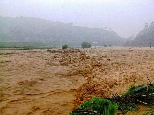 Trận lũ bất thường trên sông Hồng đoạn chảy qua TP Lào Cai gây ngập lụt nhiều diện tích rau màu của người dân là do Trung Quốc xả lũ phía thượng nguồn