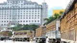 Xe chở dưa hấu bị ùn tắc hàng chục km trước cửa khẩu ở Lạng Sơn