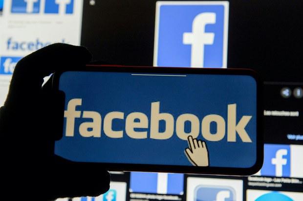 Khoảng 1 triệu tài khoản Facebook Việt Nam bị công khai trên diễn đàn hacker