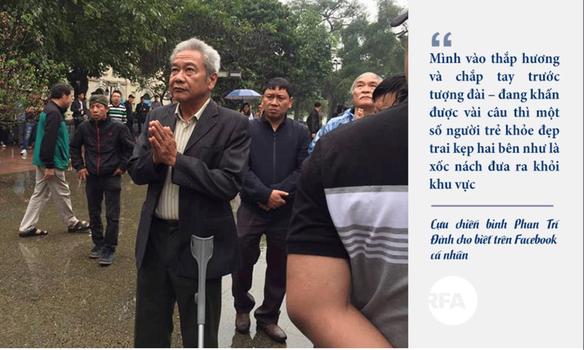 Người dân tưởng niệm những liệt sĩ và đồng bào đã hy sinh trong cuộc chiến biên giới năm 1979, Hà Nội ngày 17/2/2019