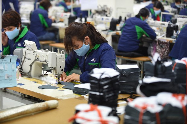 ADB cắt giảm dự báo tăng trưởng năm 2021 của Việt Nam