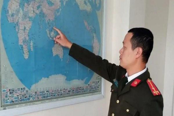 Tịch thu 3 bản đồ đường lưỡi bò treo tại công ty Trung Quốc ở Hải Dương
