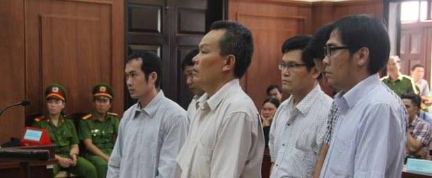 5 bị cáo đánh chết dân
