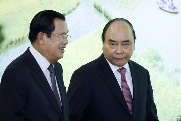 Hun Sen và Nguyễn Xuân Phúc