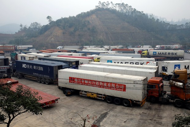 COVID-19: Trung Quốc gia tăng kiểm soát hàng hóa nhập khẩu đông lạnh từ Việt Nam