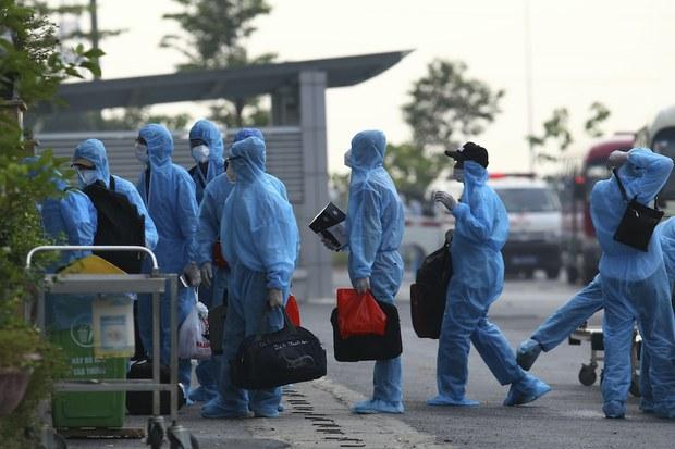 Dịch COVID-19 tiếp tục lây lan trong các khu công nghiệp và bệnh viện tại Việt Nam