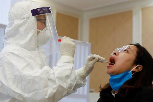 Việt Nam khẩn cấp điều tra trường hợp nhiễm COVID-19 từ chuyên gia Ấn Độ