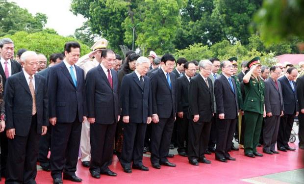 Không thấy hình ảnh tướng Thanh trong đoàn đại biểu lãnh đạo Đảng và Nhà nước dâng hương tưởng nhớ các anh hùng liệt sĩ ngày 27/07/2015
