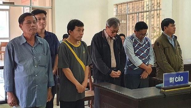 Phú Yên: Các cựu lãnh đạo phường tham nhũng đất công bị tuyên án tù