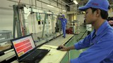 Công nhân Việt Nam thực tập tại hãng công nghiệp nặng Misubishi ở Hà Nội