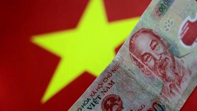 Tờ tiền Việt Nam trong ảnh minh họa này ngày 31 tháng 5 năm 2017