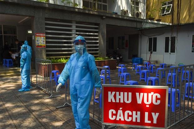 Hải Dương phong toả một thôn có nữ công nhân dương tính với biến thể coronavirus của Anh