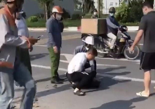 Hà Nội tặng giấy khen cho tài xế taxi bắt cướp khi công an đứng nhìn