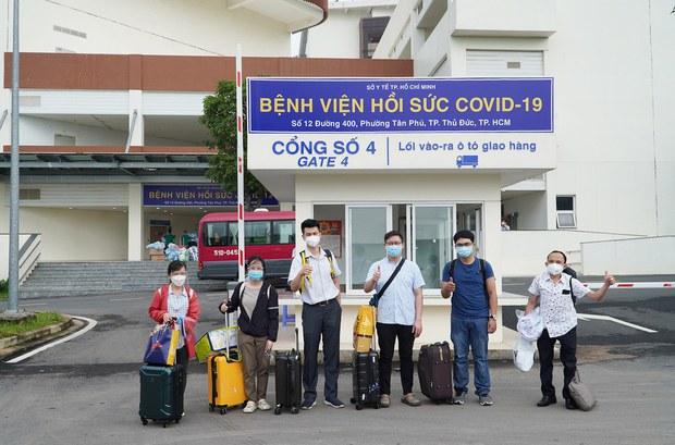 Y tế thành phố Hồ Chí Minh đối mặt nguy cơ sụp đổ do số ca nhiễm COVID-19 tăng cao