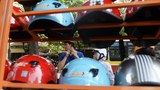 Thành phố Hồ Chí Minh: Công an bắt giữ một đường dây sản xuất mũ bảo hiểm giả