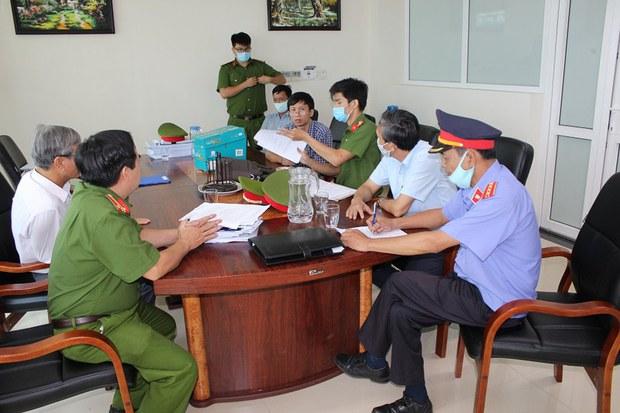 Tỉnh Thừa Thiên- Huế khởi tố thêm ba cán bộ liên quan vụ kê khống mộ giả