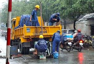 Lương các công nhân lao động tay chân thường không đủ sống
