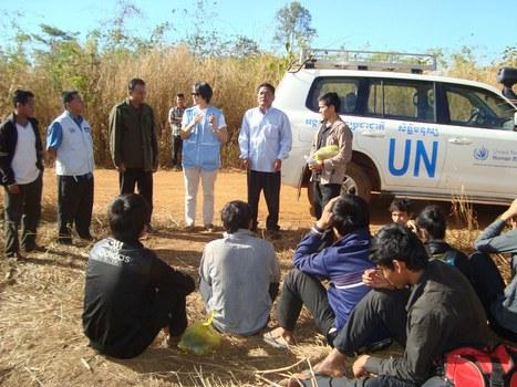 Nhiều đợt người Thượng Tây Nguyên trốn chạy sự bắt bớ của nhà cầm quyền Việt Nam vượt biên sang Campuchia xin tỵ nạn.