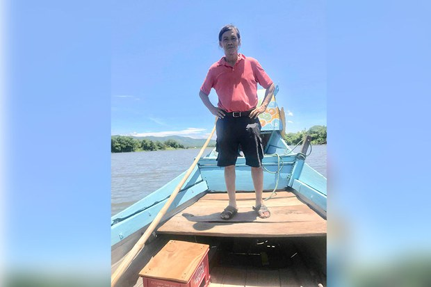 Michael-on-fishing-boat-June-July-2018_960.jpg