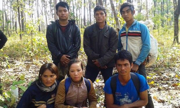 Một nhóm người Thượng từ Việt Nam chạy trốn sang vùng rừng Rattanakiri ở Đông Bắc Campuchia , đang lo sợ bị chính quyền Campuchia bắt giữ và trục xuất hồi tháng 1, 2015