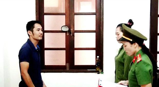 Một người bị bắt với cáo buộc chống Nhà nước vì phát tán sách của Nhà xuất bản Tự Do