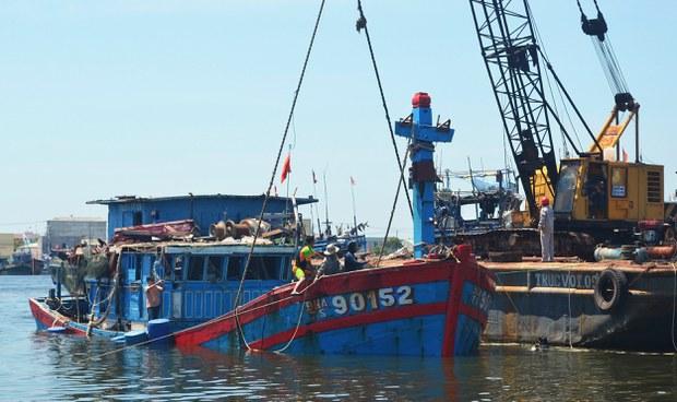 Một trong những tàu đánh cá Việt Nam từng bị tàu Trung Quốc đánh chìm.