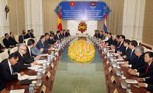 Thủ tướng Nguyễn Tấn Dũng hội kiến Thủ tướng Hun Sen