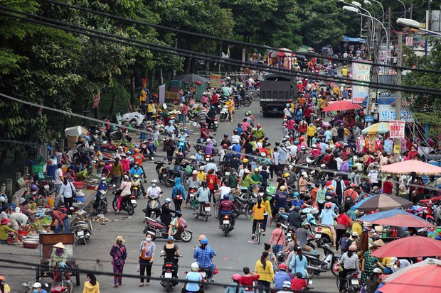 Công ty PouYuen Việt Nam ngưng hoạt động 10 ngày do dịch COVID-19