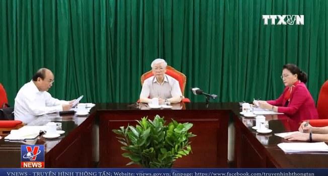 Tổng Bí thư kiêm Chủ tịch nước Nguyễn Phú Trọng chủ trì cuộc họp lãnh đạo chủ chốt sáng ngày 14/5