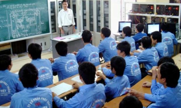 dai-loan-hanh-dong-doi-pho-nan-bo-tron-cua-cong-nhan-viet-nam-58-15072015171905.jpg