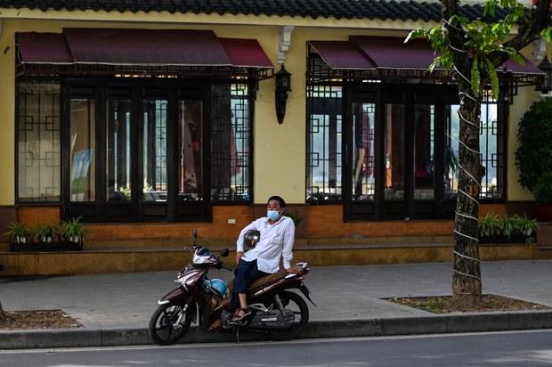 GDP của Việt Nam quý hai tăng nhanh, COVID-19 làm tăng rủi ro