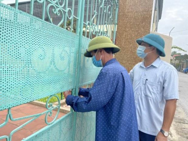 Thanh Hóa: dỡ bỏ khóa cửa nhà dân cách ly F2