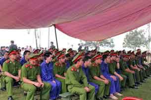 Tòa án nhân dân tỉnh Điện Biên xét xử lưu động vụ án 29 người H'Mong huyện Mường Nhé