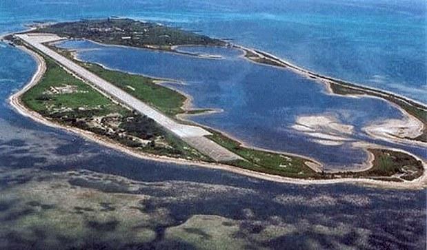 Đảo Ba Bình, nơi Đài Loan giành chiếm chủ quyền, xây đường băng; cẩu tàu sắp hoàn tất