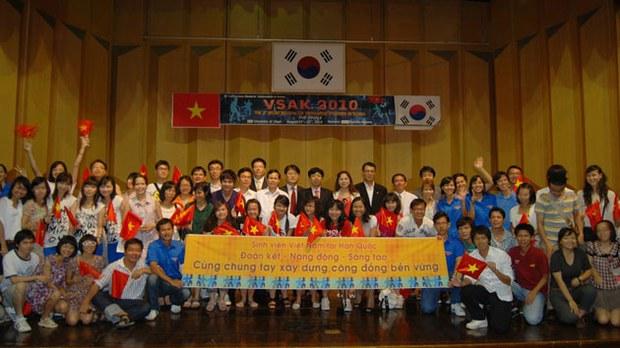 hoi-sinh-vien-viet-tai-han-630
